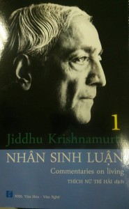 nhan-sinh-luan-mua-sach-hay