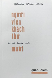 nguoi-vien-khach-thu-muoi-mua-sach-hay